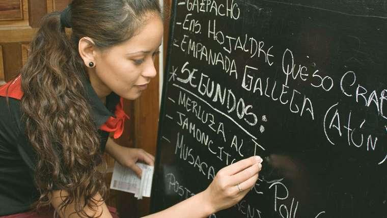 ¿Qué son y cómo operan las franquicias en México?